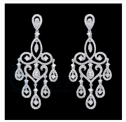 METAL DESIGNING CHANDELIER EARRINGS
