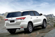 Toyota Fortuner Car Hire