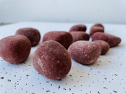 ECONOMICAL MARGO IGNEOUS RED SILICA STONES AND PEBBLES